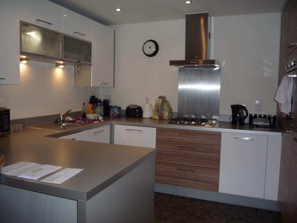 Is It Easy To Get A Kitchen Hob Top Fitted
